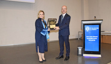 Diş Hekimliği Fakültesi 2019-2020 Akademik Kurul Toplantısı Düzenlendi