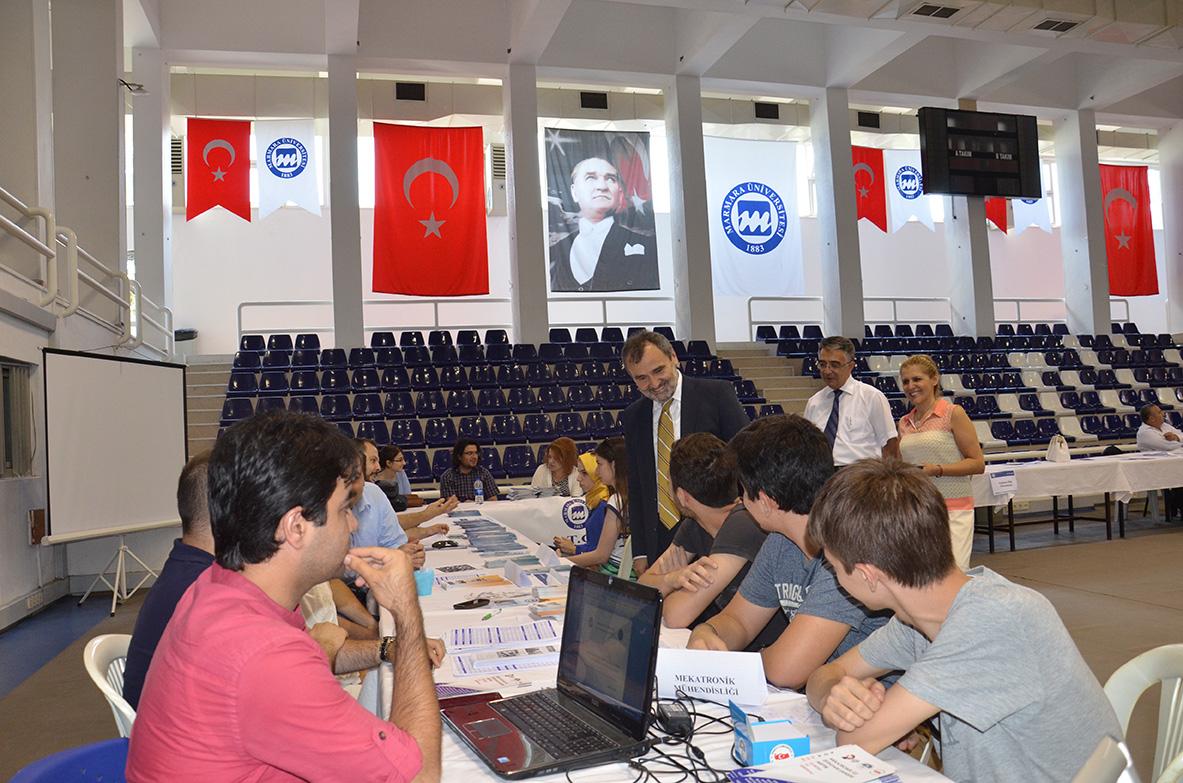 Prof.Dr. Mehmet Akalın ve Prof.Dr. Erol Özvar  Üniversitemizin Tanıtım Günlerini Ziyaret Etti.
